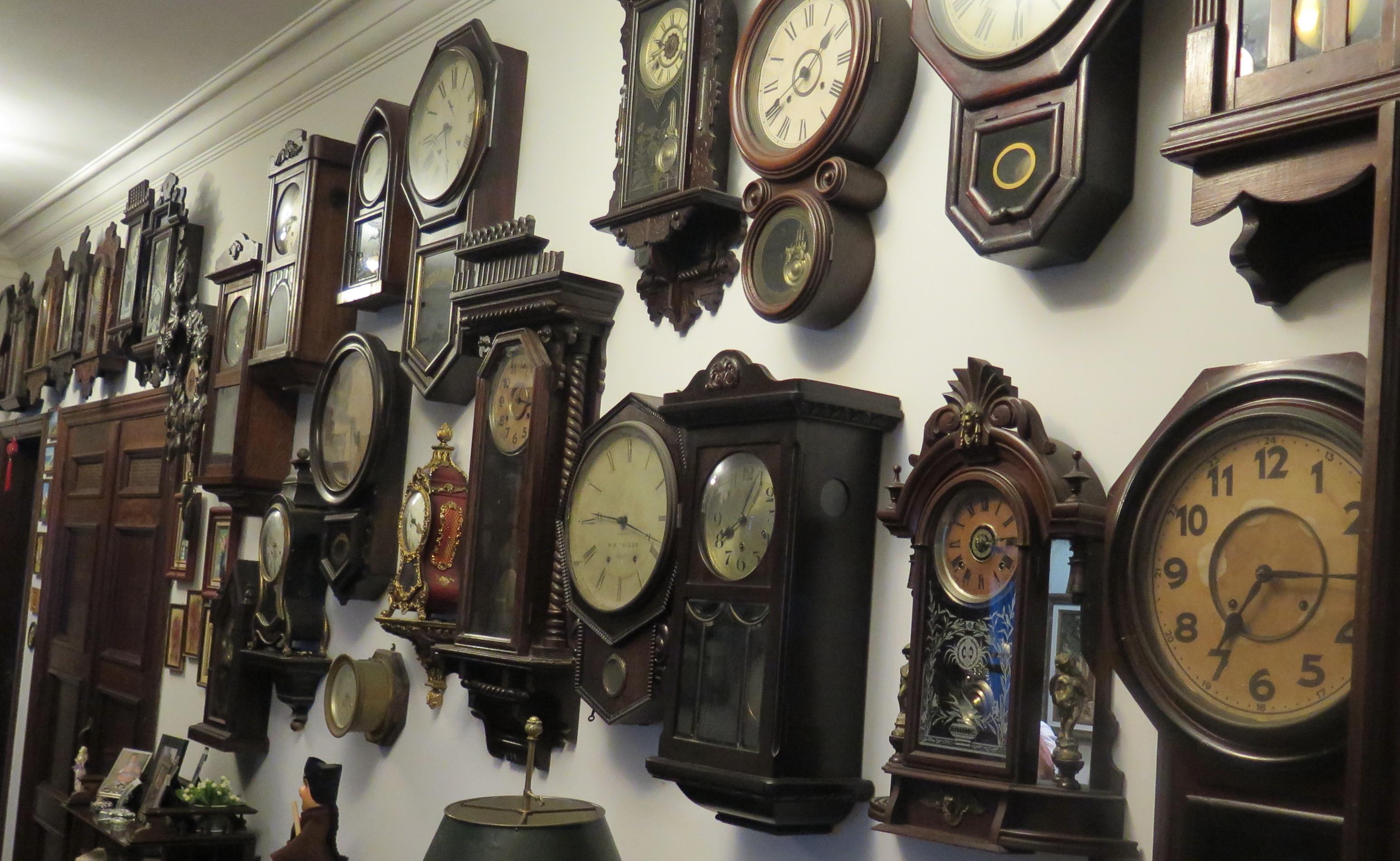 dfea9278711 Relógios e Caixas de Música